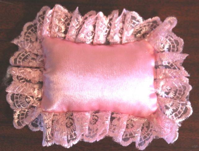 Подушка для куклы своими руками 597