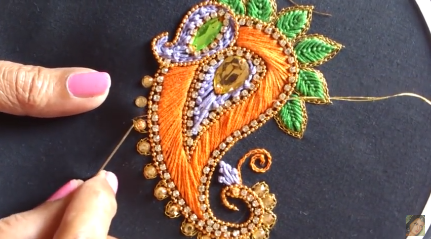 Aari Style Hand Embroidery Designs - Art & Craft Ideas