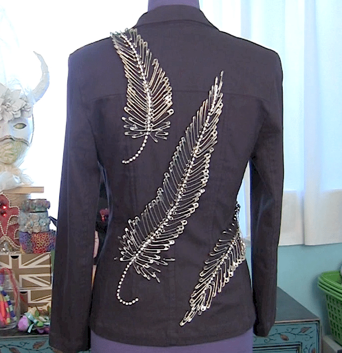 DIY: Safety pin feather jacket