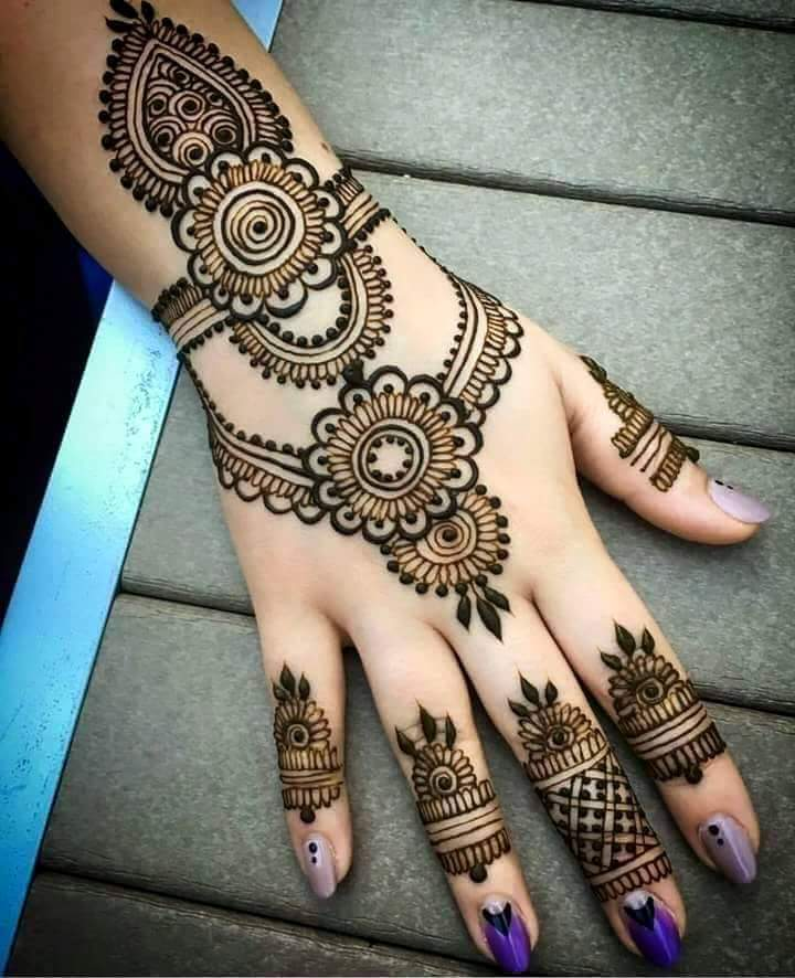 30 easy henna mehndi designs for every occasion art craft ideas. Black Bedroom Furniture Sets. Home Design Ideas