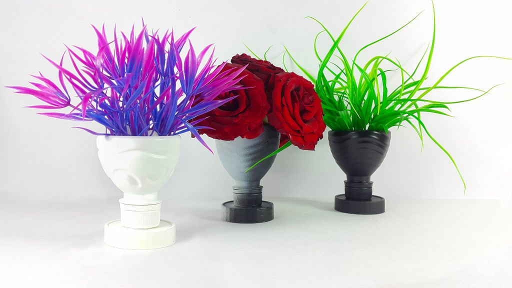 Diy flower vase out of plastic bottle art craft ideas for Pot painting materials required